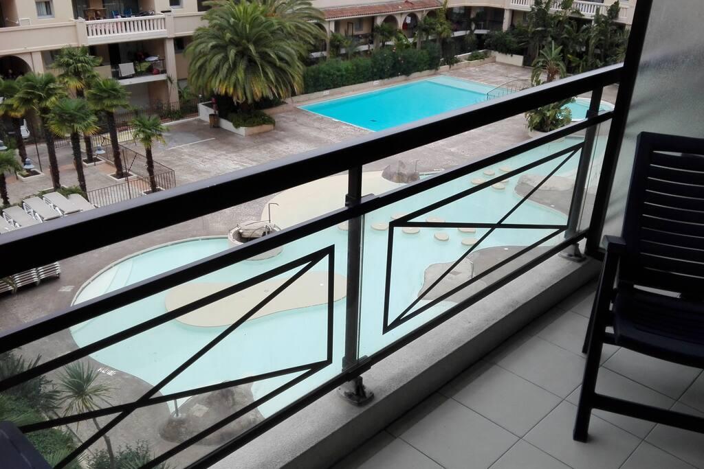 Deux Pi Ces Aux 50 Mt De La Mer Et Pr S Croisette Apartments For Rent In Cannes Provence