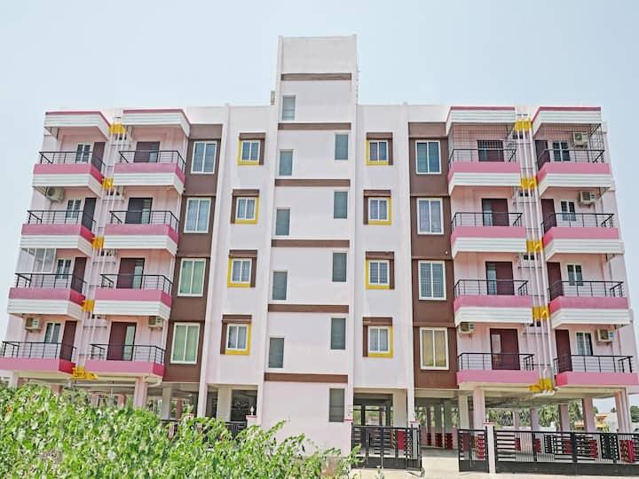 OYO - Elite 2BHK Homestay in Pondicherry - Big Savings₹
