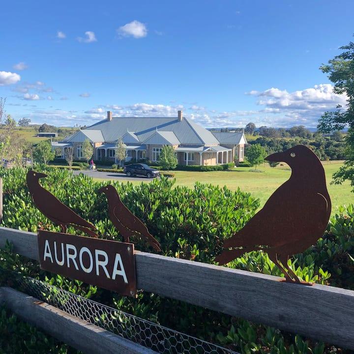 Holiday Aurora FARMSTAY In Razorback