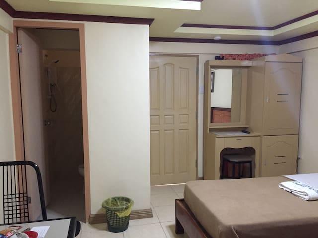 Standard Room with 2 Single Beds - Tagbilaran City - Rumah