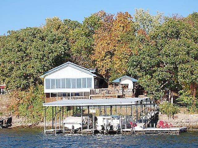 Island 1&2 - Lake Ozark - Dom
