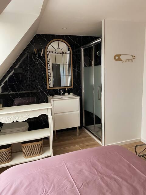 Appartement dans dépendance de maison individuelle