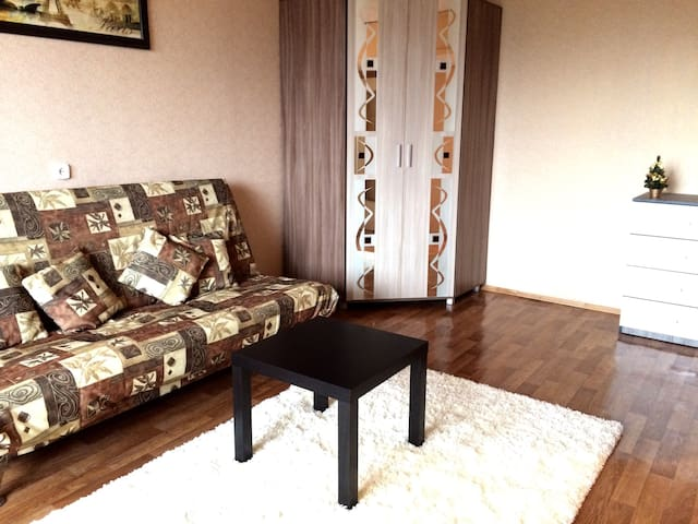 Уютная однокомнатная квартира - Minsk - Departamento