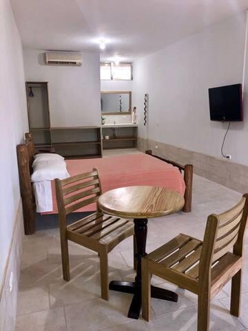 Puerto Barrios, Alegre y Colorido!!Room 2