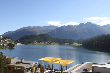little and nice with lake-view - Saint Moritz - Apartment