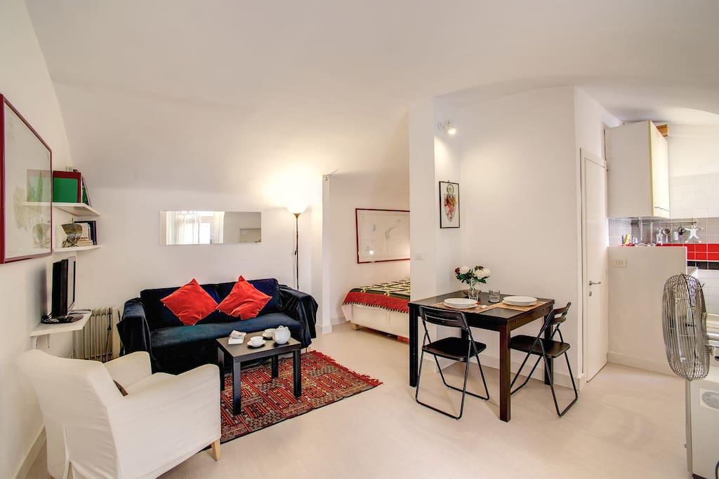 Campo dei fiori studio apartments for rent in rome for Studio apartments in rome
