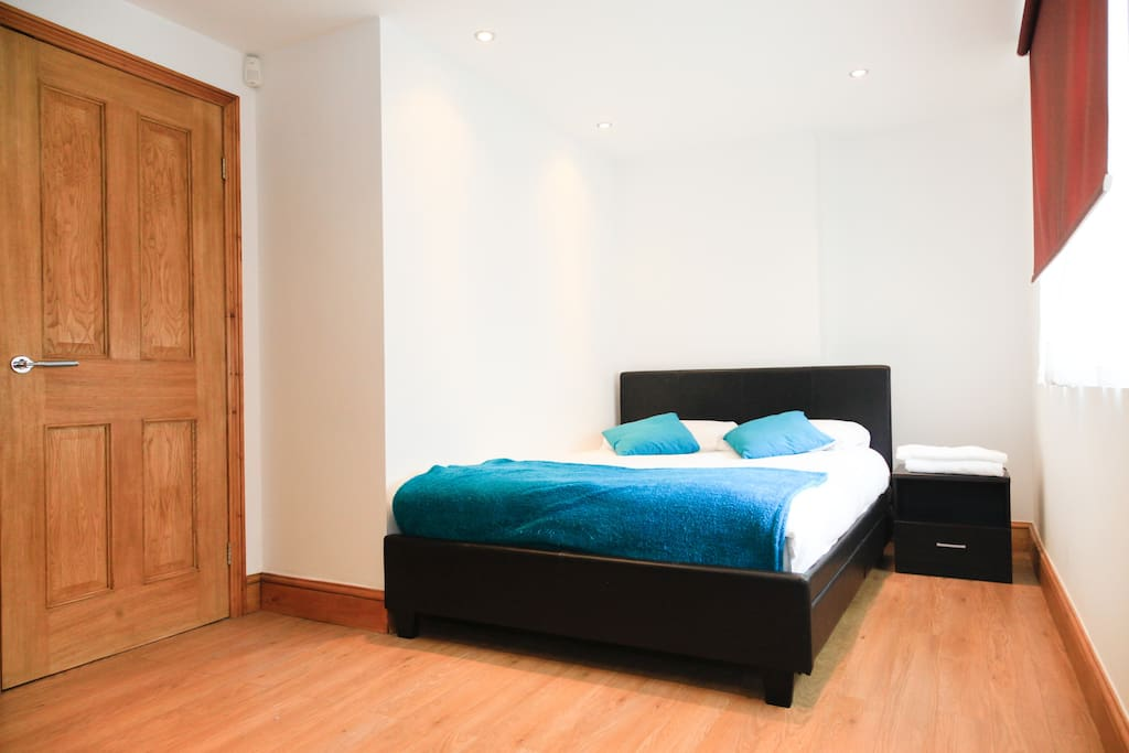 Two large double rooms with large wardrobes