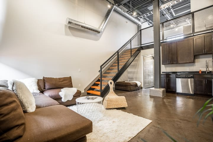 Loft w/parking Short North Downtown - Columbus - Huoneisto