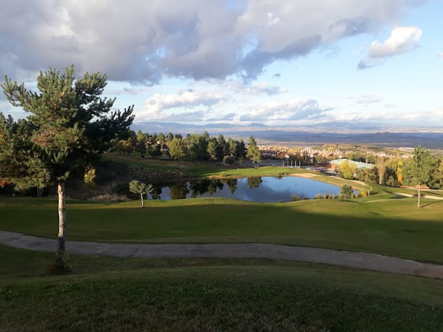GOLF, GASTRONOMY AND WINE IN NORTHERN SPAIN