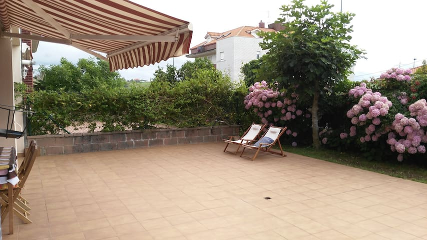 Apt. with 100 m2 terrace+swimming p - Suances - Pis