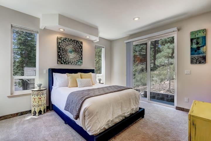 Queen Bedroom w/Private Ensuite Bath & Sliding Glass Door w/Deck.