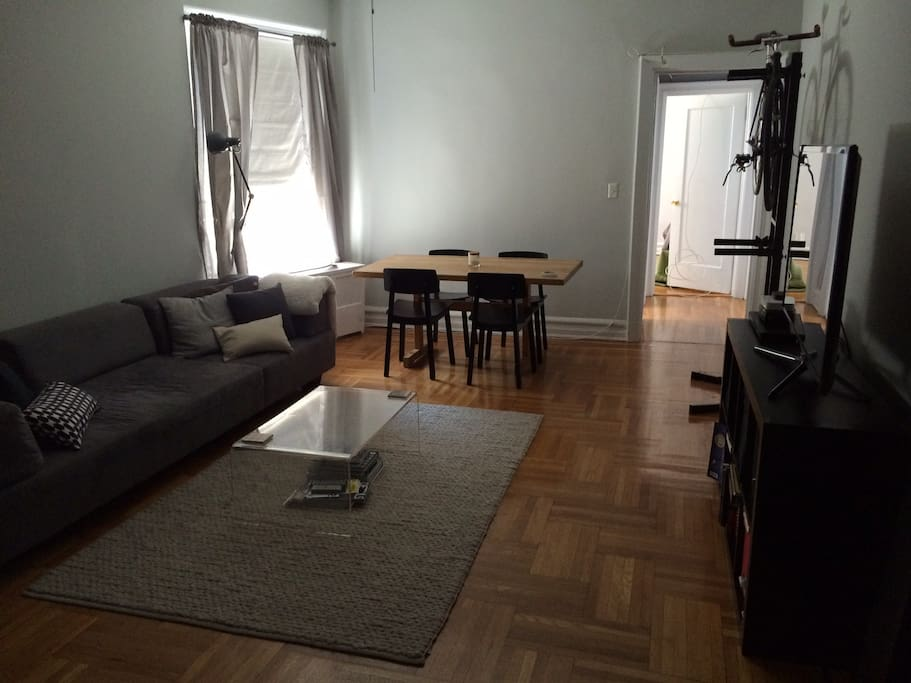 Spacious 2 bedroom in trendy hood apartments for rent in brooklyn new york united states 5 bedroom apartment brooklyn