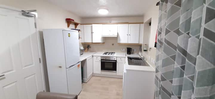 Cosy 2 bedroomed semi detached house