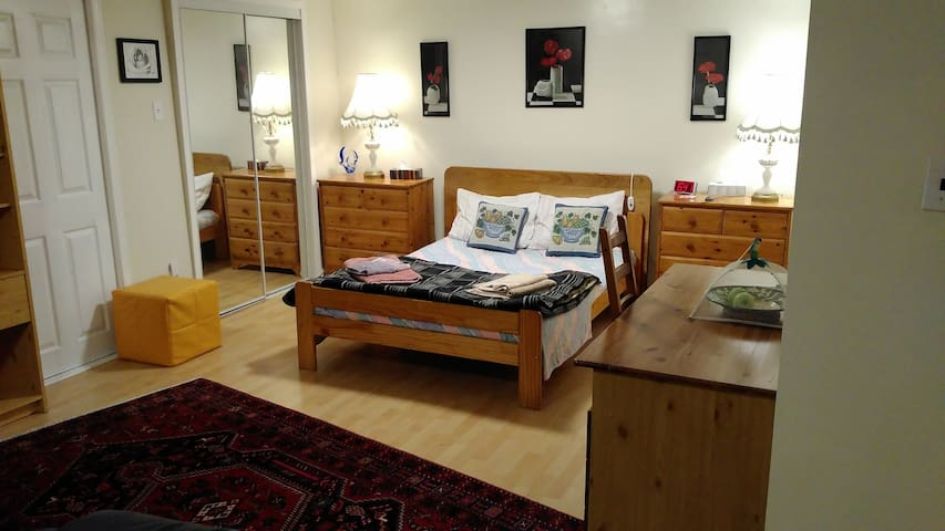 Comfortable apartment, Close Congress center