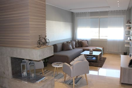 Cosy Apartment In Casablanca - Hay-Hassani - Appartamento