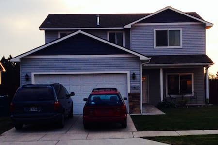 Kid and Pet Friendly Family Home - Post Falls - House
