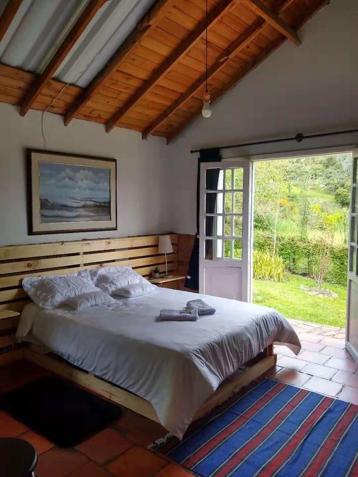 Hunnu corner Room 1