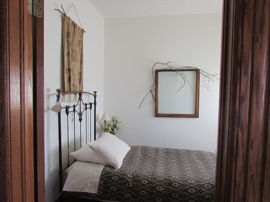 Twin bedroom Westwind Suite