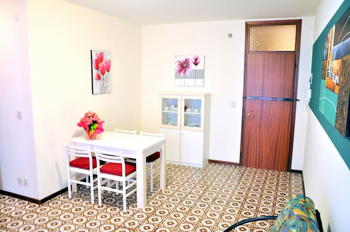 Central modern flat near the sea G - San Michele al Tagliamento - Apartemen