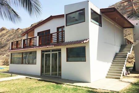 Zorritos,  Tumbes - Casa de Playa