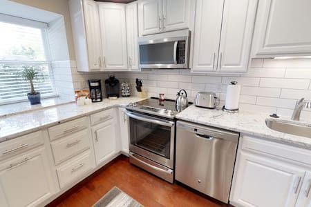 Spacious One Bedroom Condo with Study by Eden Park