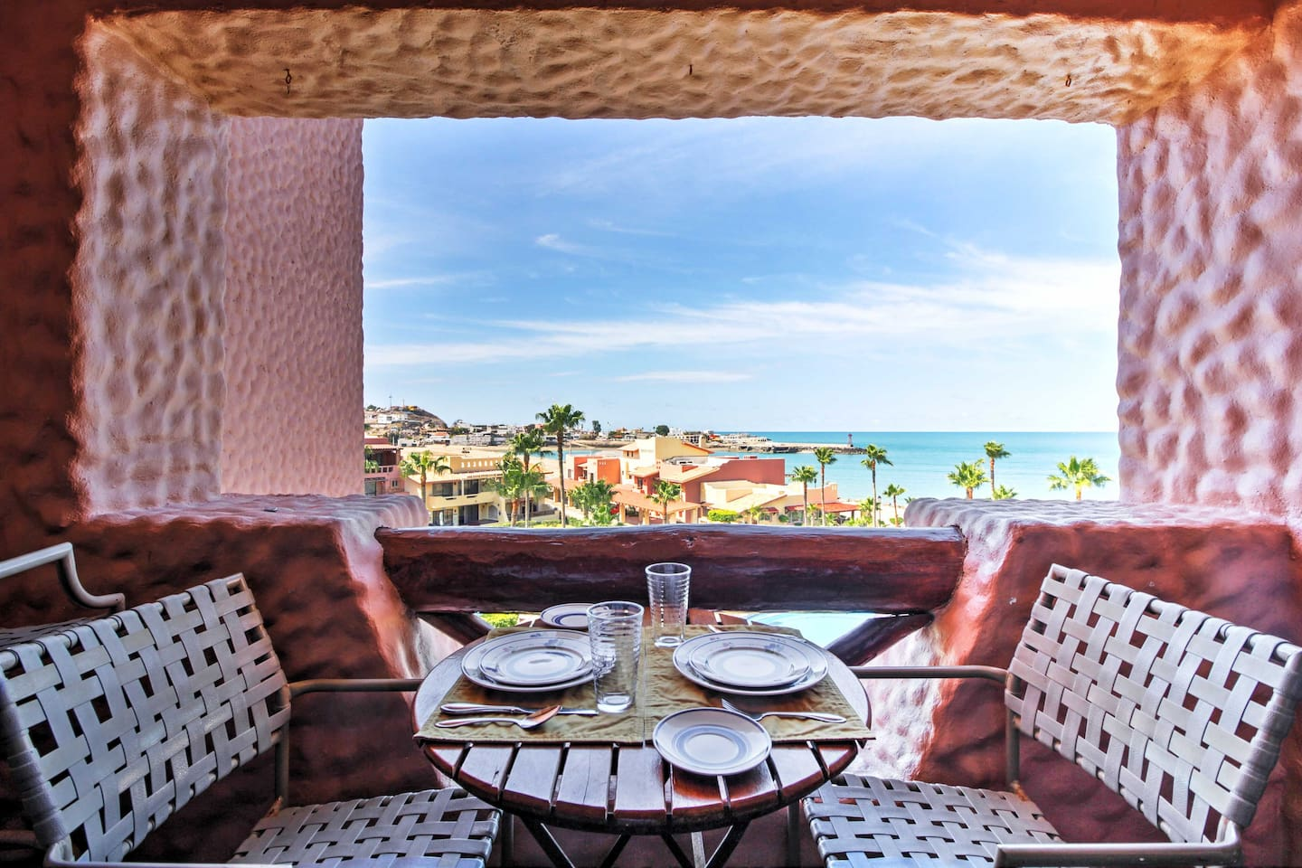 Escape to the shimmering shores of Mexico when you stay at this 2-bedroom, 2-bathroom Puerto Penasco vacation rental condo that comfortably sleeps 6!