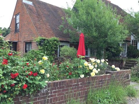 Westfields Cottage 2 doubles .Beautiful settings