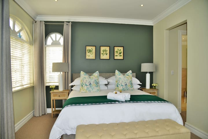 Mont d'Or Hyde Park - Superior Room