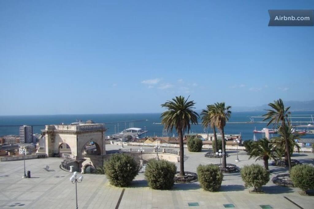 Il bastione di S. Remy sotto casa con vista mare. / Sea view from Bastione S. Remy