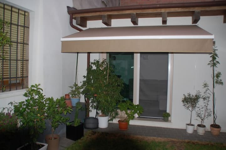 Indipendent House in Ferrara