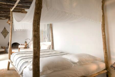 """Chambre Grise"" - RIAD BALADIN - Bed & Breakfast"