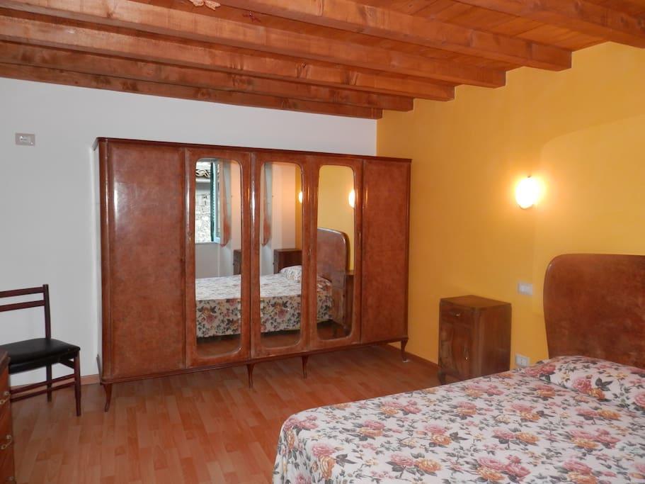 Camera monti nel cuore di alatri bed breakfasts zur for Centro soluzioni airbnb