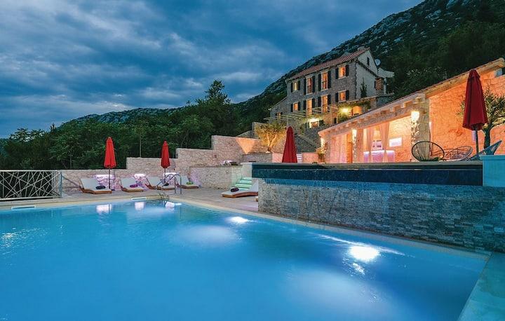 Villa Veli Vrh *****