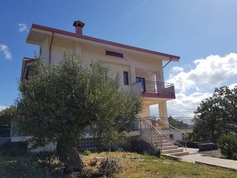 Casa in campagna a Castrolibero