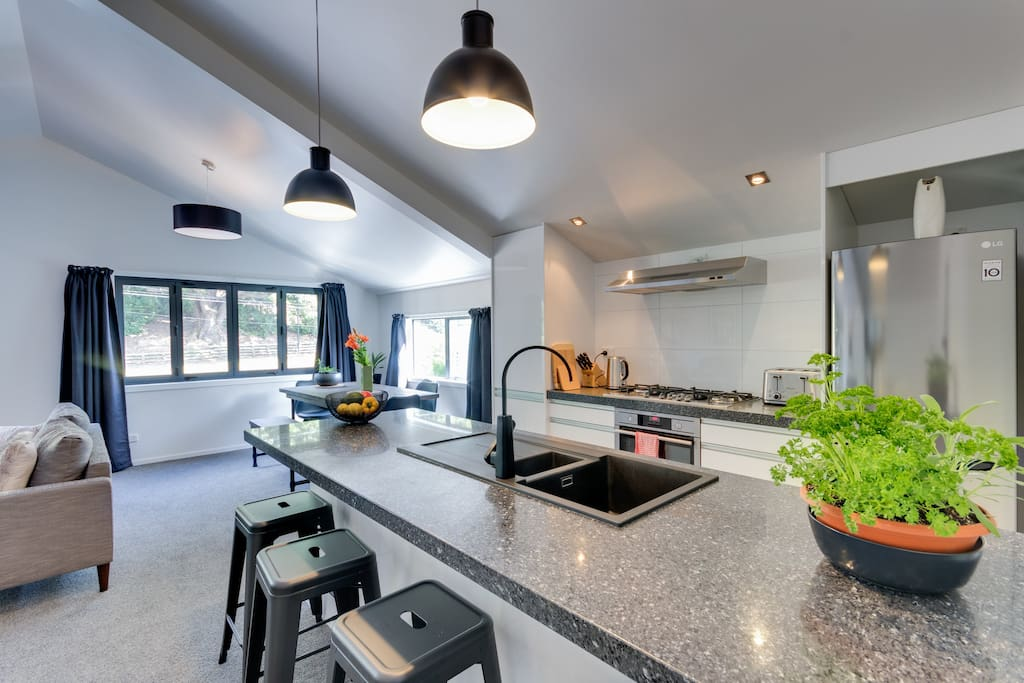 Open plan kitchen and dining.