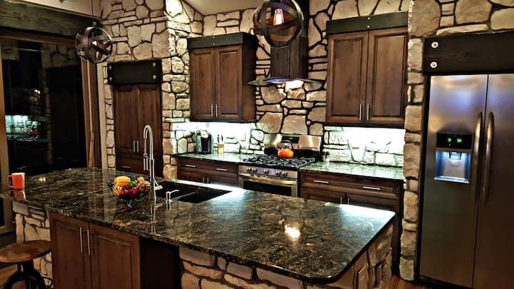 Luxury Home close to Breckinridge