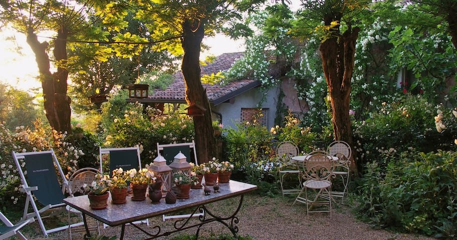 La Traversina Charming Farm Holiday - Stazzano - Bed & Breakfast