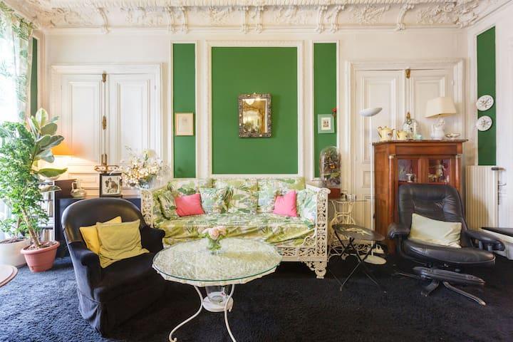 Elysées Wagram 1 - Brkfst included - Paris - Bed & Breakfast