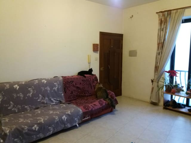 Central Location twin room Swatar, Birkirkara - Birkirkara - Apartment