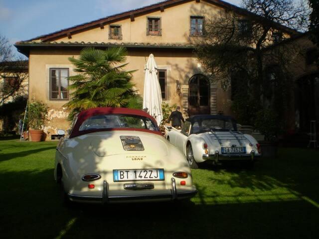 APP.TO ATTILLIA  Atmosfera di un passato a Lucca