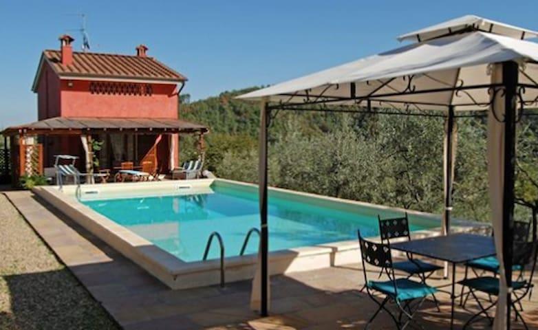 Nice villa in the heart of Tuscany - Mercatale Valdarno - Casa
