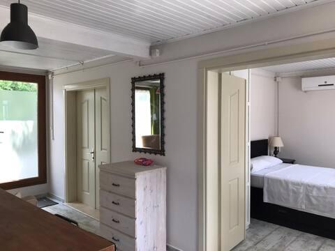 Size özel müstakil taş ev iki oda bir salon