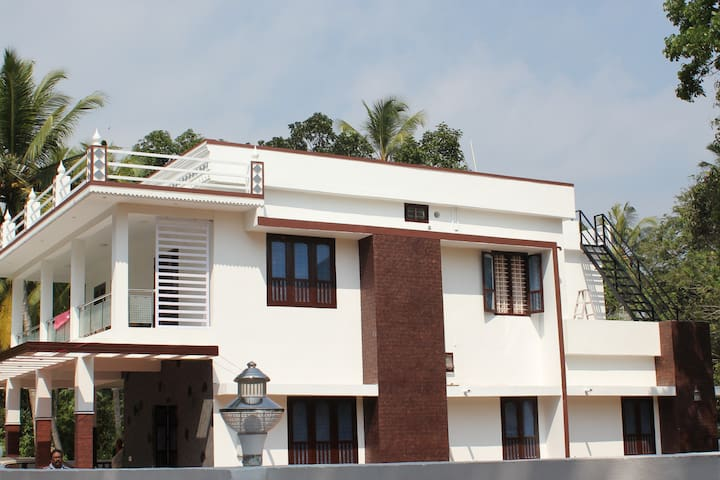 Rohini House - Home Stay