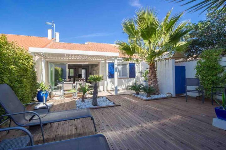 Maison classée 3 *, idéale famille, 150m plage