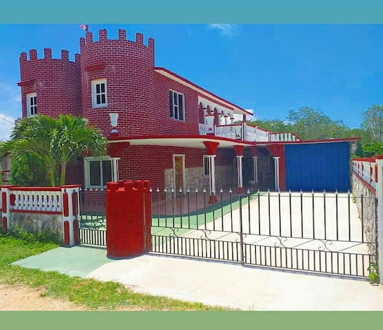 Hostal Red Castle #1 For 1 to 4 People's