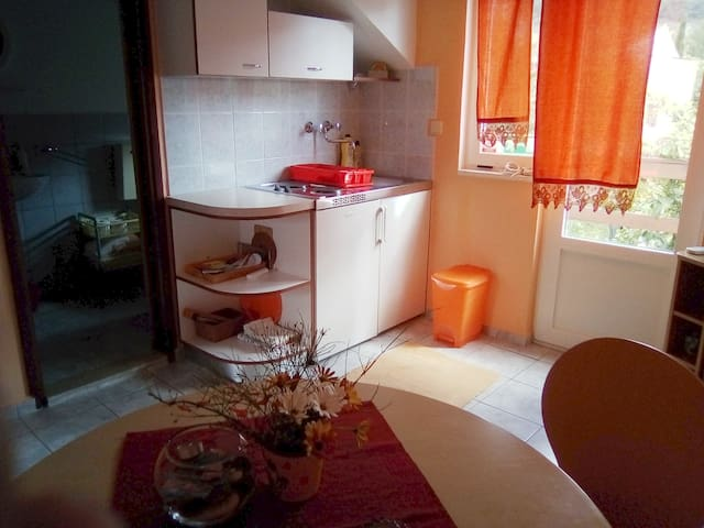 Orange apartment, romantic nook