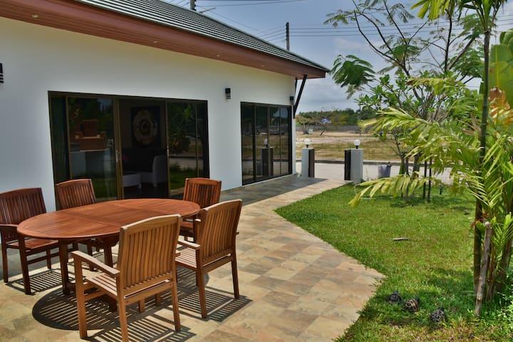 Trpicana Villa near the beach