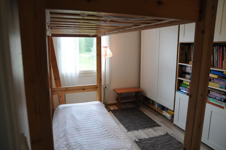 Vesilahti Home Away From Home White Room