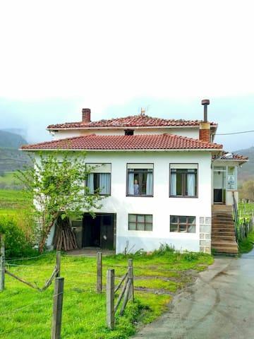 Casa junto a Parque Natural