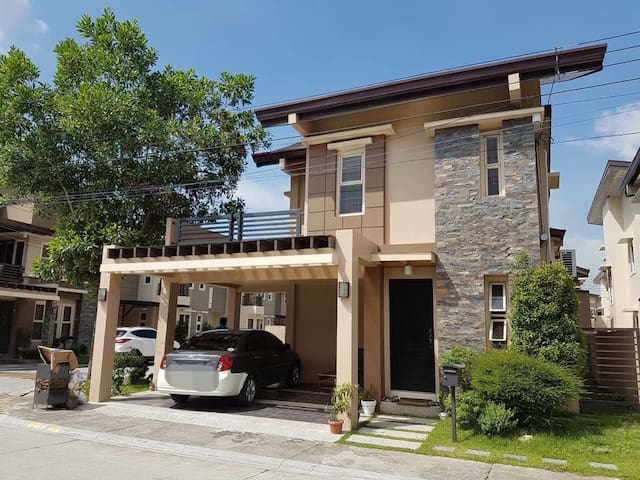 Be home (A great place to stay in Pampanga)